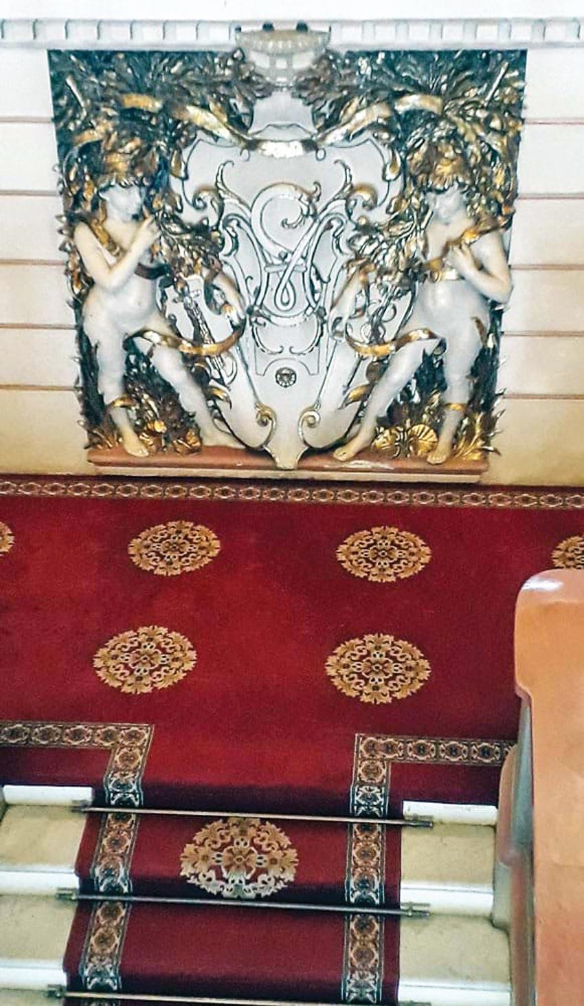 Tòa thị chính Sài Gòn - Lâu đài trăm năm bao giờ rộng cửa? - 2