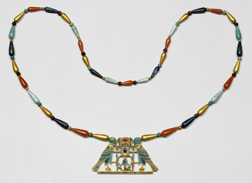 Trang sức của Ai Cập - Những ngôi cổ mộ khai quật nên trào lưu châu báu - 11