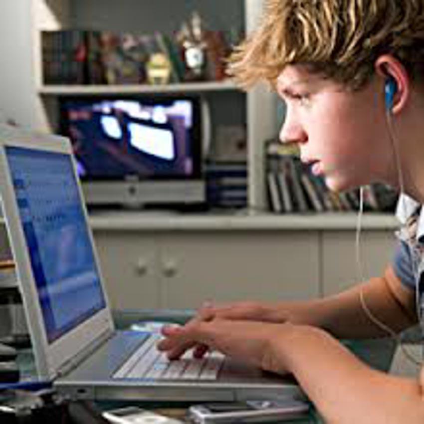 Có nên cho trẻ dưới 13 tuổi sử dụng mạng xã hội? - 1