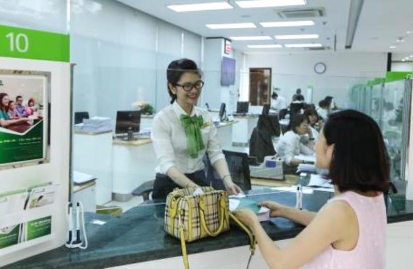 Vietcombank giảm lãi suất cho vay xuống 5,5%/năm