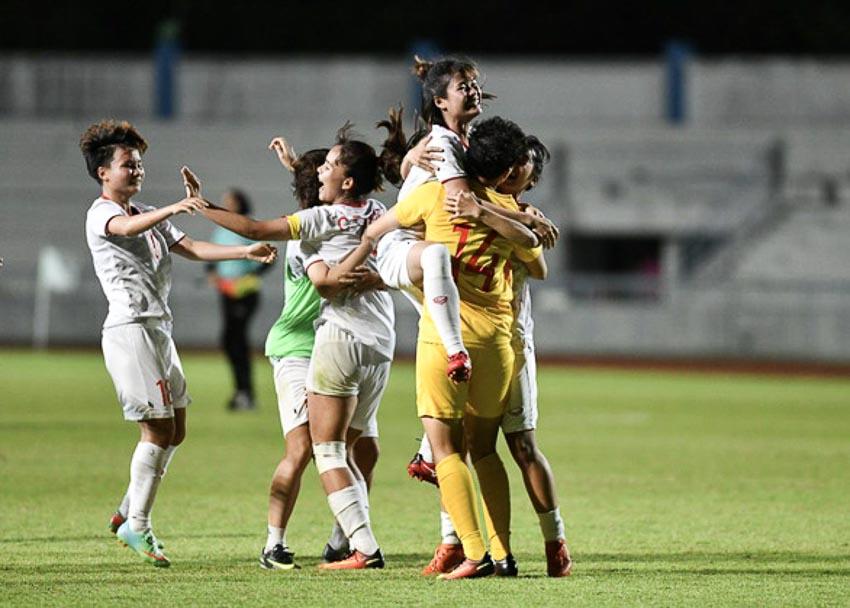 10 người Việt Nam đá bại Thái Lan, vô địch bóng đá nữ Đông Nam Á 2019 - 3