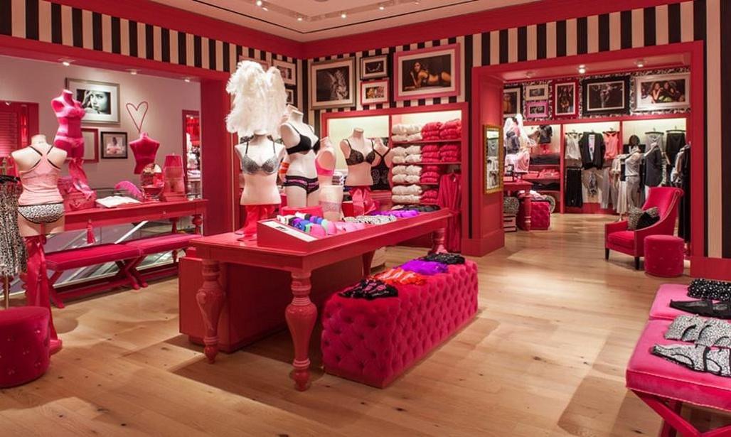 Victoria's Secret quyết định đóng hơn 20 cửa hàng trong năm 2018 vì sự sụt giảm doanh số.