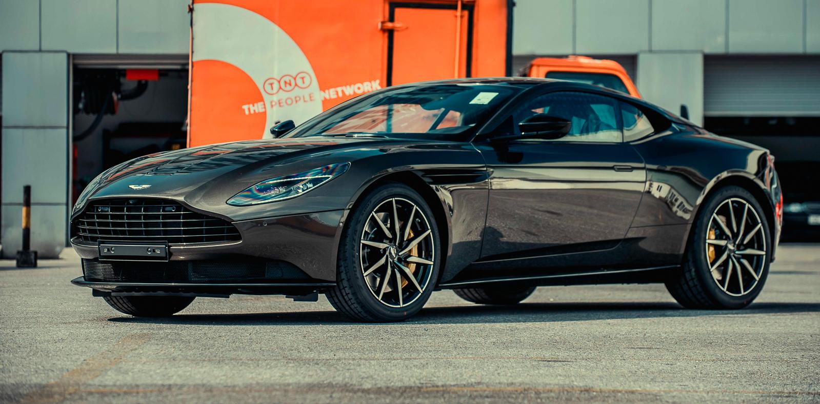 Aston Martin DB11 V8 phiên bản độc Kopi Bronze vừa thông quan, chuẩn bị bàn giao đến chủ nhân - 22