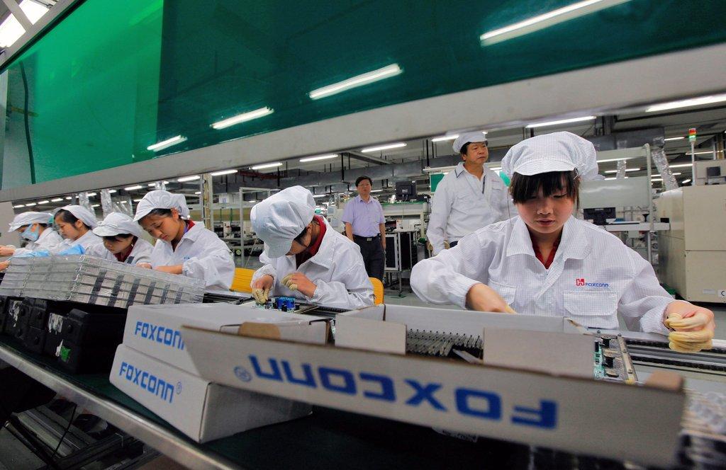 Đầu tư 26 triệu USD, Foxconn chính thức mở nhà máy tại Việt Nam-2