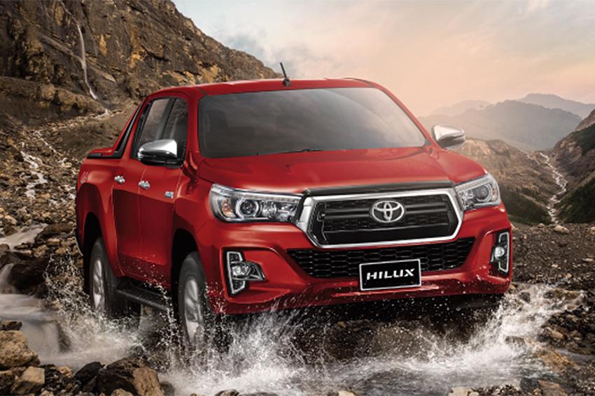Toyota Việt Nam công bố mức giá bán lẻ mới cho mẫu xe Hilux và Fortuner TRD 2019 5