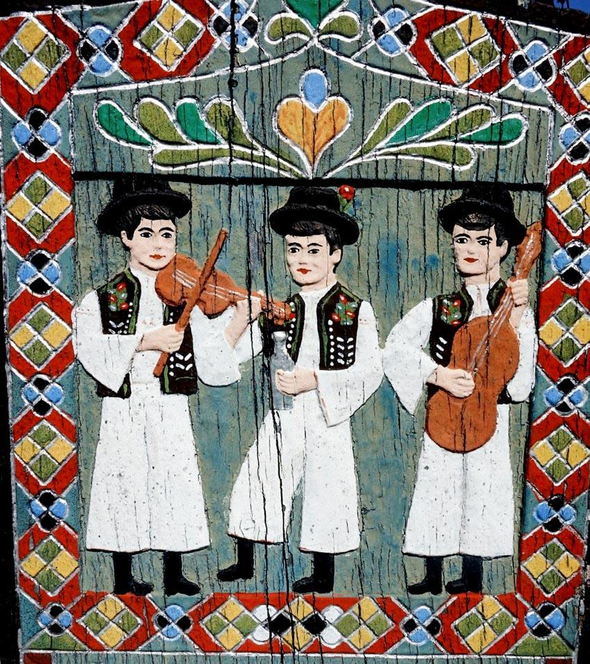 Những bia gỗ rực rỡ ở nghĩa trang Merry - 2