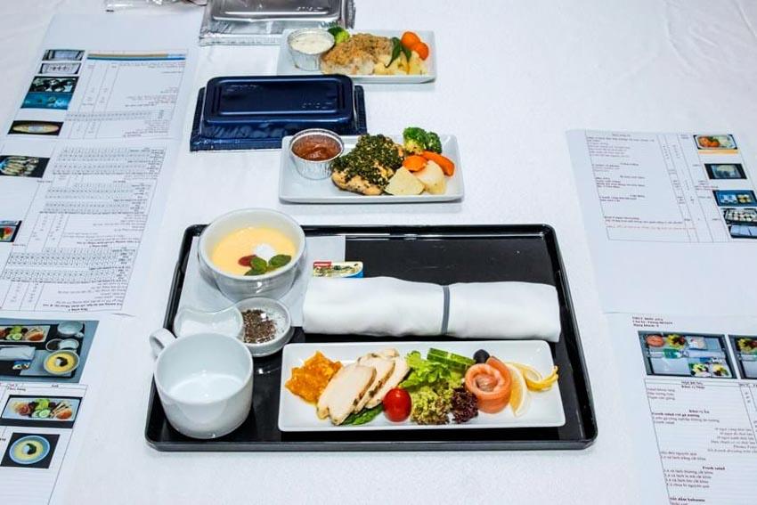 Bữa ăn chuẩn 5 sao của các hãng hàng không Nhật Bản có gì đặc biệt? - 2