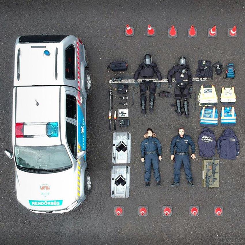 """""""Sống ảo"""" quy mô chưa từng có: Cảnh sát, cứu hộ thi nhau """"đọ"""" đồ nghề trên mạng - 5"""