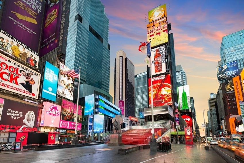 Doanh thu quảng cáo ngoài trời tăng 7% trong hai quý đầu năm 2019 -3