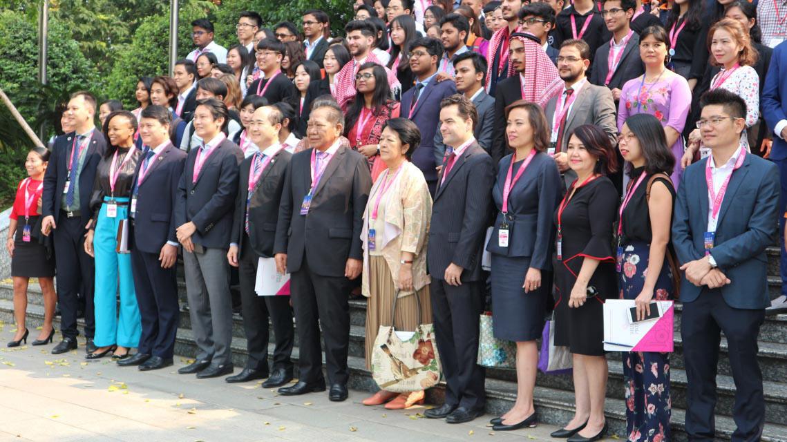 Ông Hồ Quang Hưng, Doanh nghiệp xã hội là chìa khóa giải quyết nhiều vấn đề -2