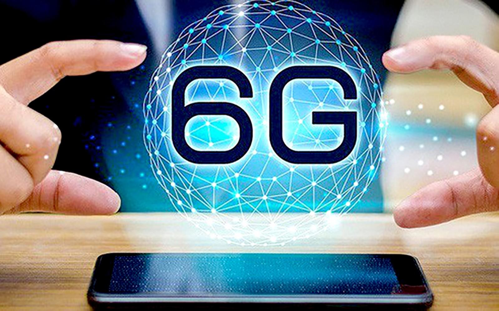 CEO Huawei tuyên bố đã phát triển 6G từ lâu và sẵn sàng nhượng quyền 5G cho Mỹ - 3