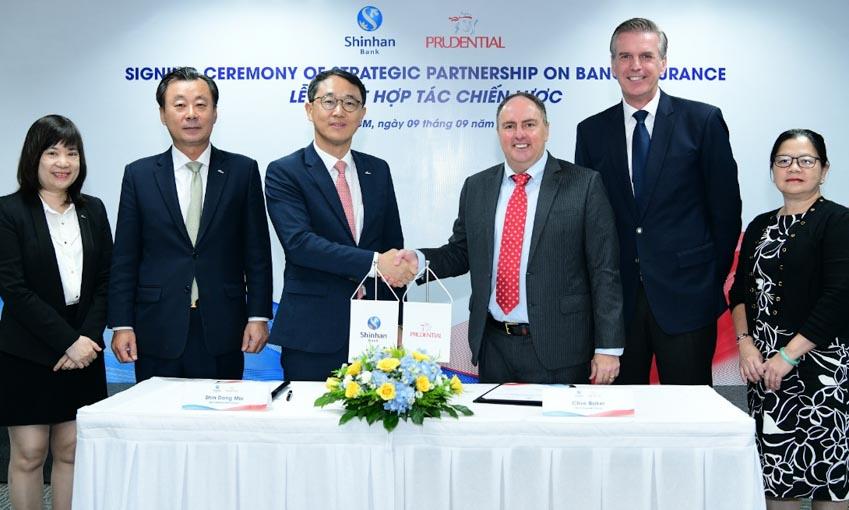 Ngân hàng Shinhan và Prudential Việt Nam ký kết hợp tác chiến lược - 2