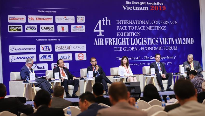 Chiến tranh thương mại Mỹ - Trung tạo cơ hội cho ngành logistics hàng không Việt Nam - 1