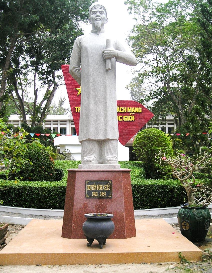 Nguyễn Đình Chiểu và văn hóa Lục Vân Tiên - 14