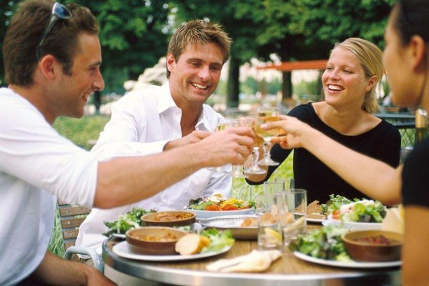 Những quốc gia có chế độ ăn uống giúp trường thọ - 6