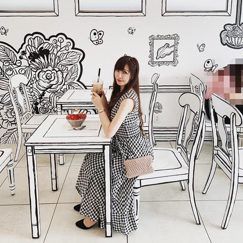 Quán Cafe 2D thiết kế dựa trên ý tưởng của sách tô màu - 8