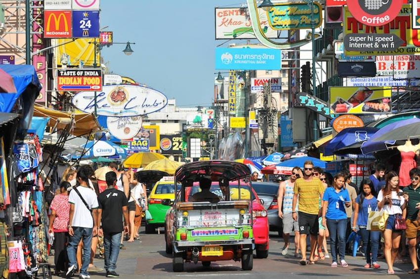 Thái Lan lùi kế hoạch áp thuế du lịch đối với du khách nước ngoài -3