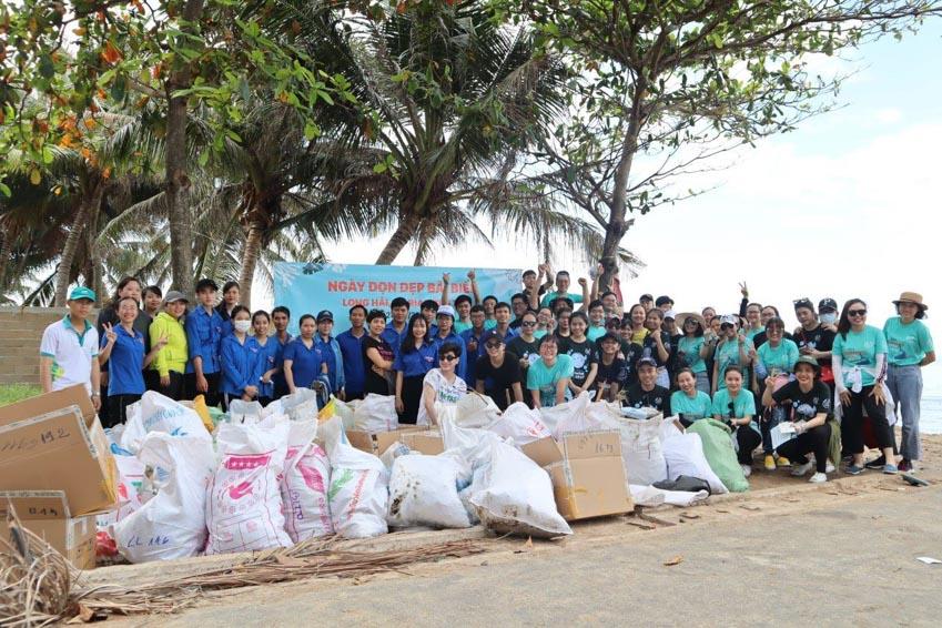 The Body Shop tổ chức Ngày dọn dẹp bãi biển Long Hải - 3