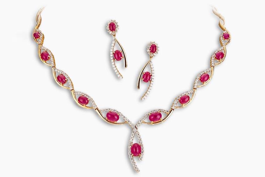 Trang sức hồng bảo thạch - Vua châu báu thần bí - 13