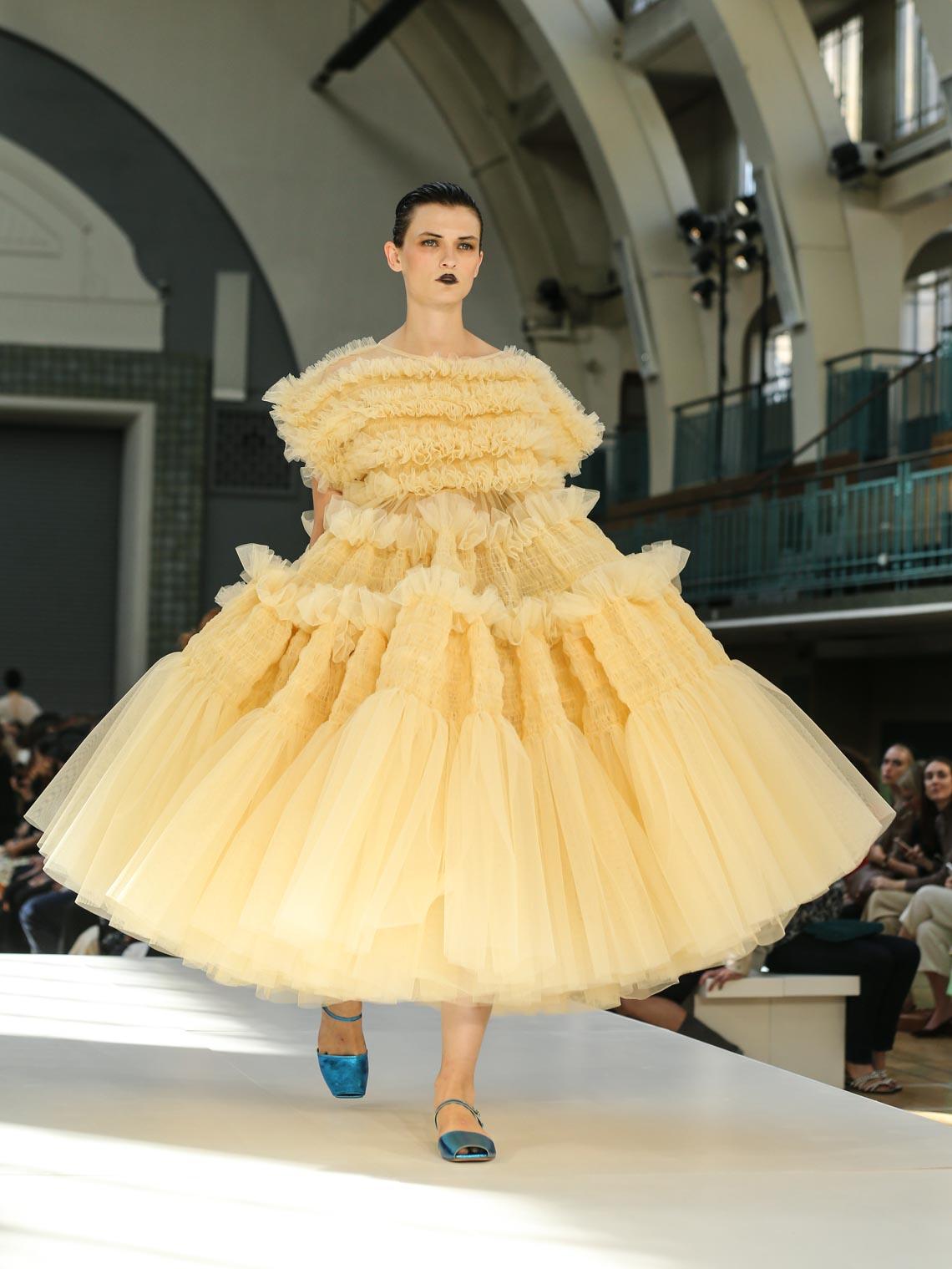 Tuần lễ thời trang London Xuân-Hè 2020 khai mạc giữa đám mây Brexit - 1