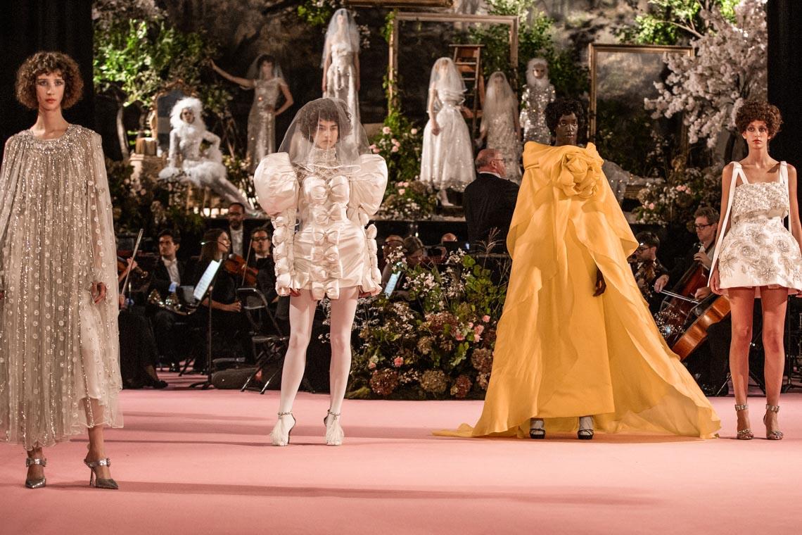 Tuần lễ thời trang London Xuân-Hè 2020 khai mạc giữa đám mây Brexit - 3