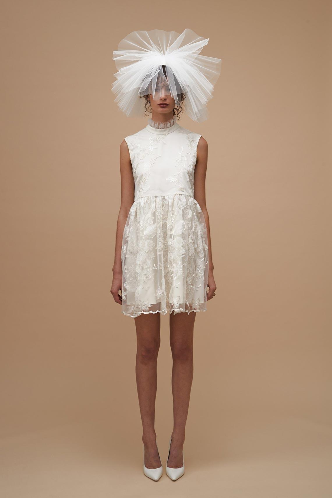 """Karen Walker sắp công bố dòng váy cưới """"sành điệu, tự tin và thực tế"""" - 11"""