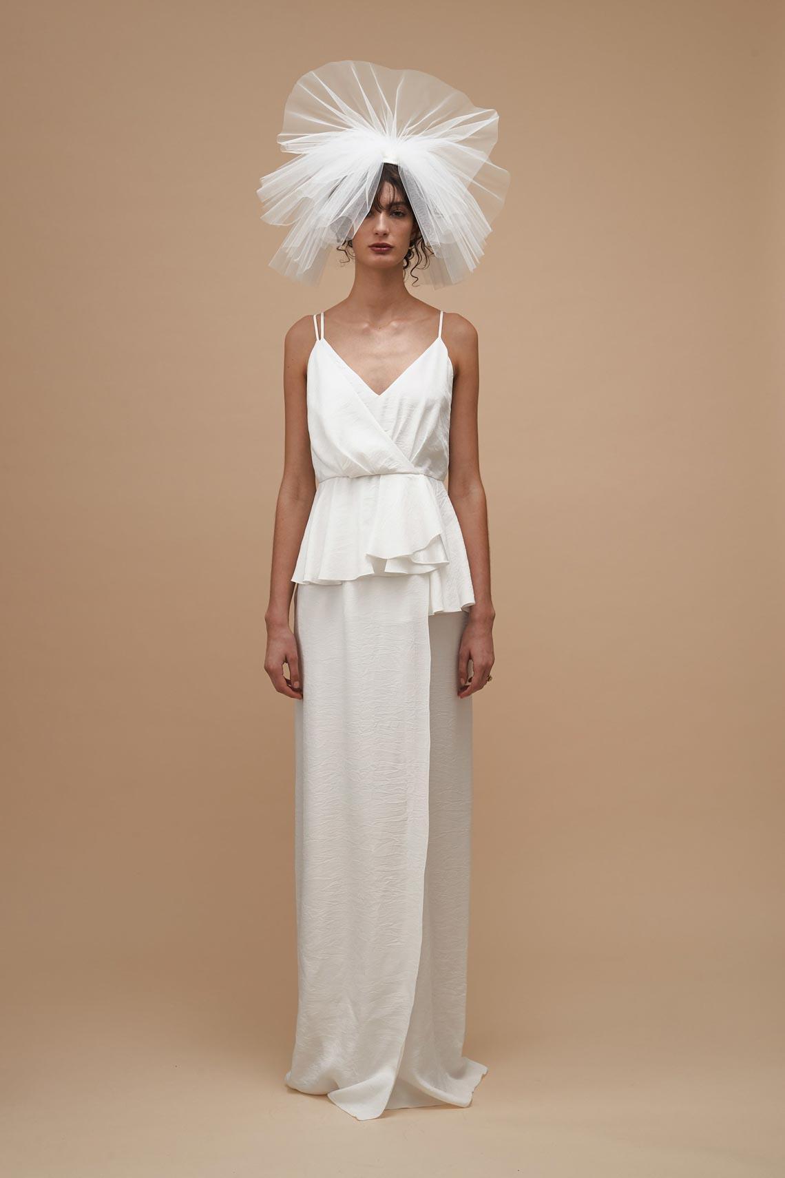 """Karen Walker sắp công bố dòng váy cưới """"sành điệu, tự tin và thực tế"""" - 15"""