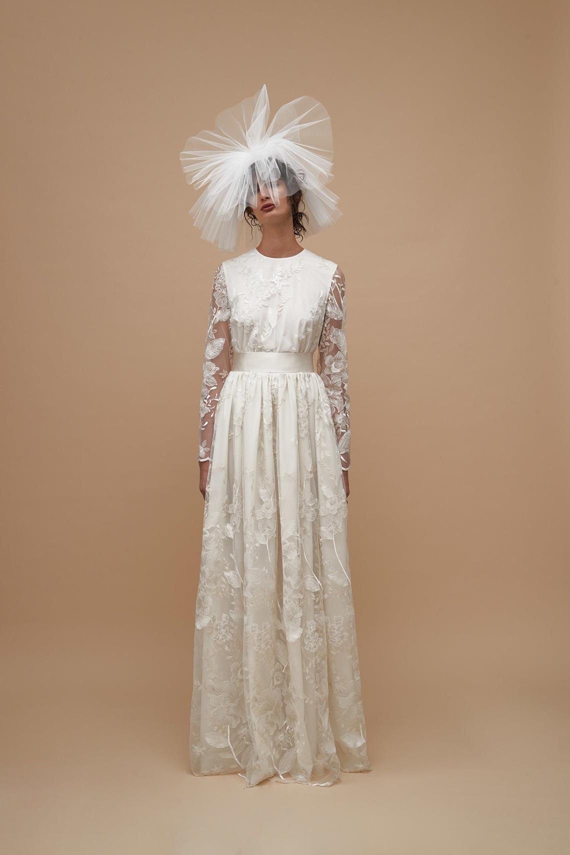 """Karen Walker sắp công bố dòng váy cưới """"sành điệu, tự tin và thực tế"""" - 16"""