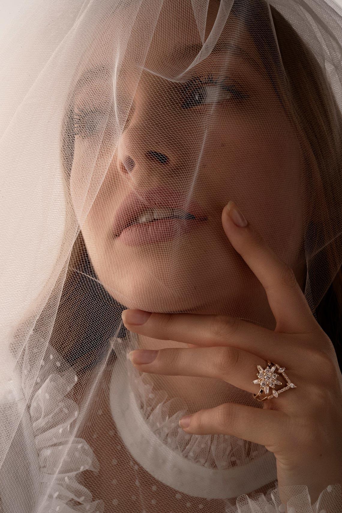 """Karen Walker sắp công bố dòng váy cưới """"sành điệu, tự tin và thực tế"""" - 17"""