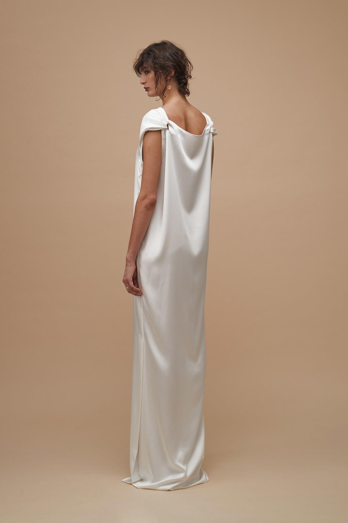 """Karen Walker sắp công bố dòng váy cưới """"sành điệu, tự tin và thực tế"""" - 3"""