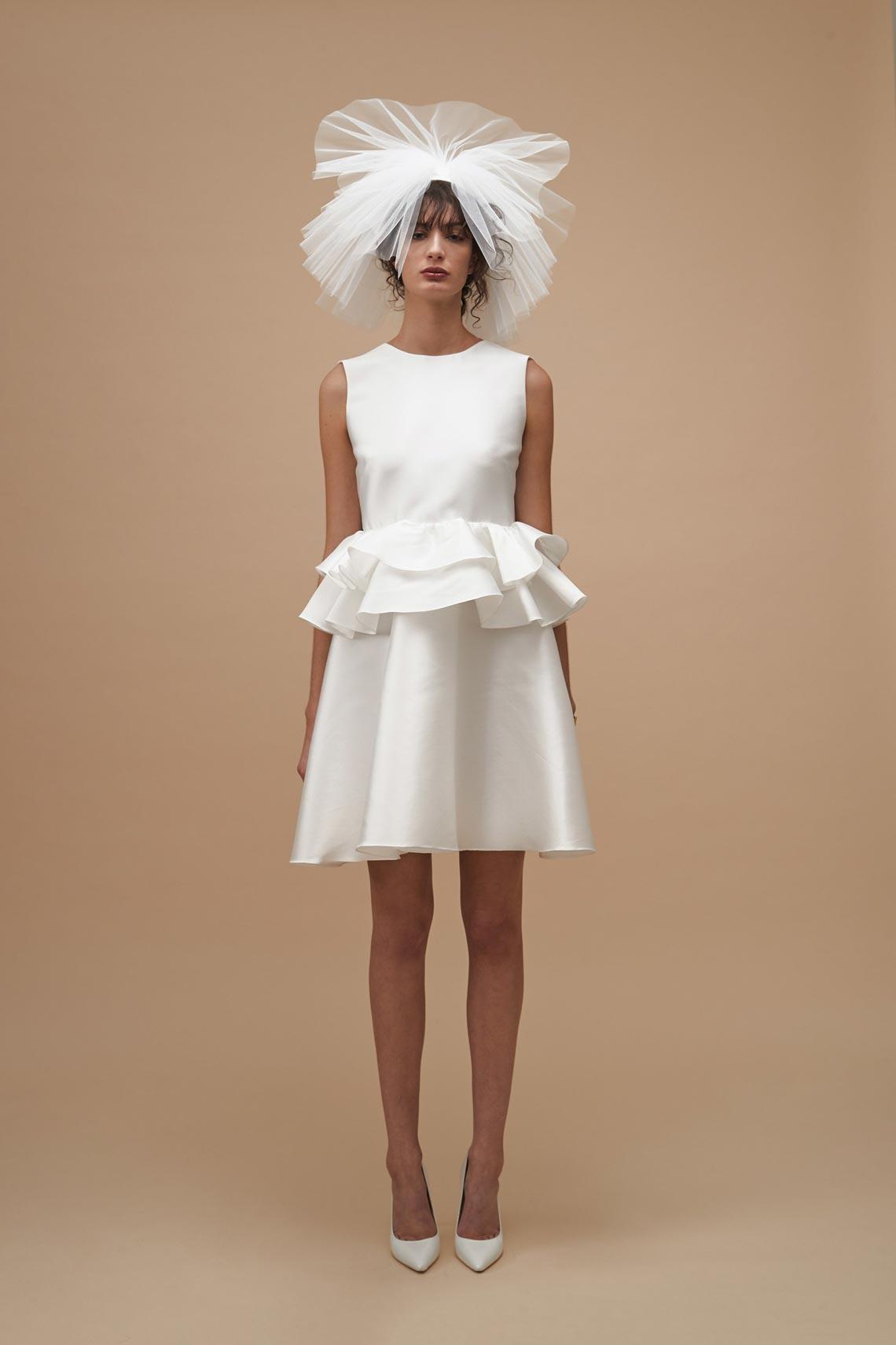 """Karen Walker sắp công bố dòng váy cưới """"sành điệu, tự tin và thực tế"""" - 8"""