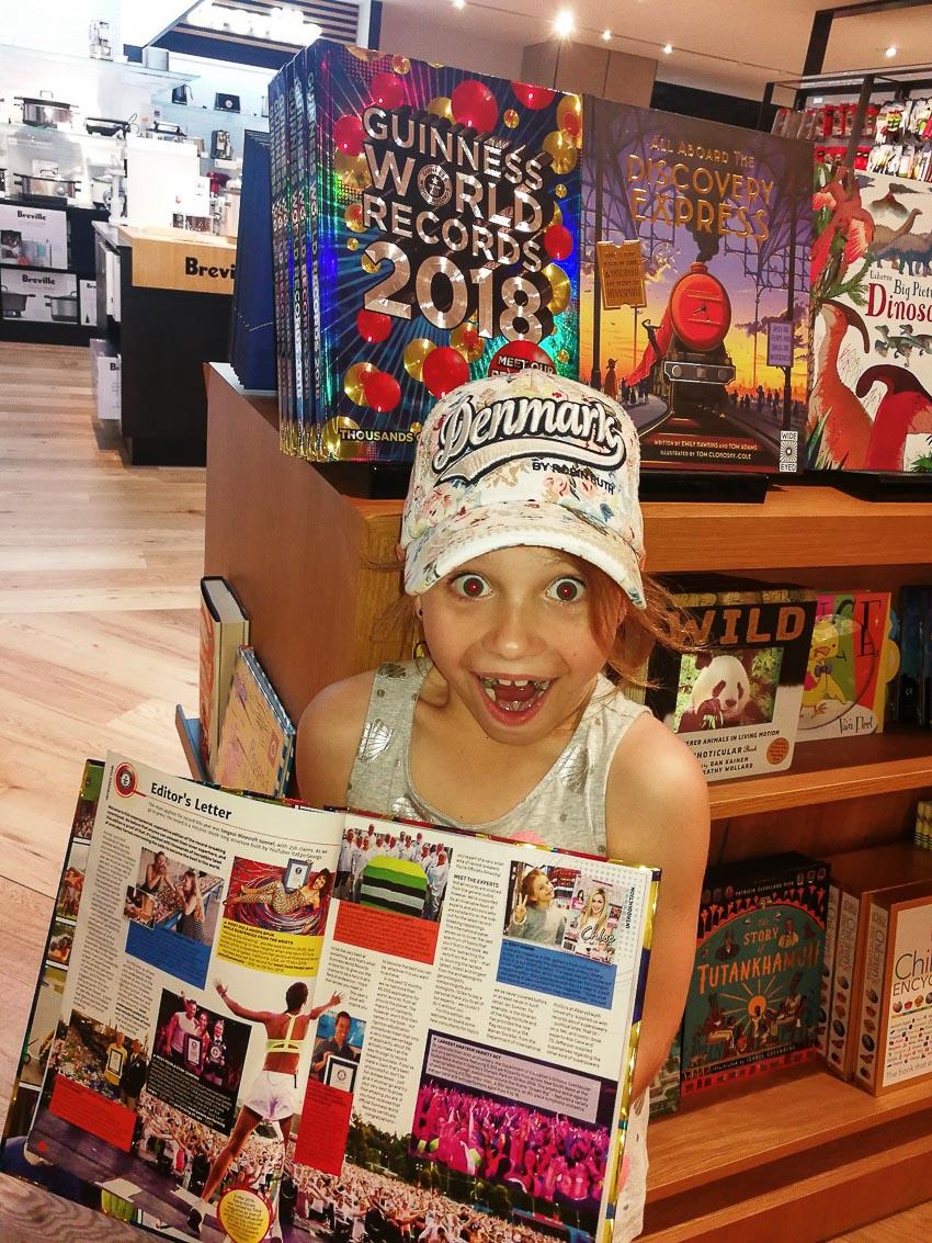 Chuyện lạ đó đây: Biên tập viên tạp chí trẻ tuổi nhất thế giới - 4