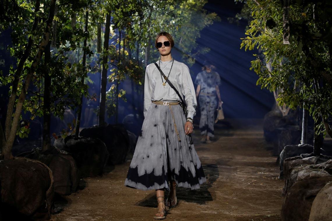 Lãng mạn và yên bình trong khu vườn của bộ sưu tập Dior Xuân-Hè 2020 - 1