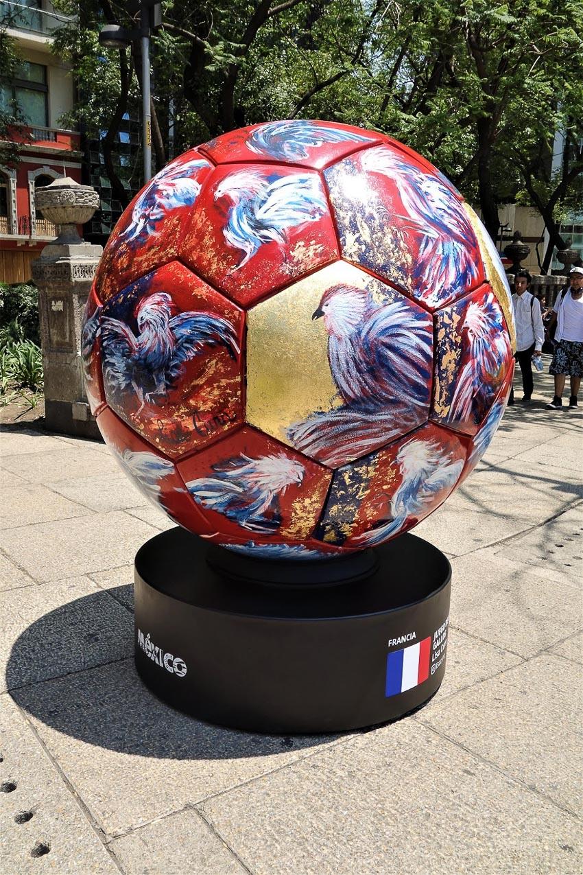 Chuyện lạ đó đây: Nghệ thuật bóng khổng lồ World Cup 2018 - 5