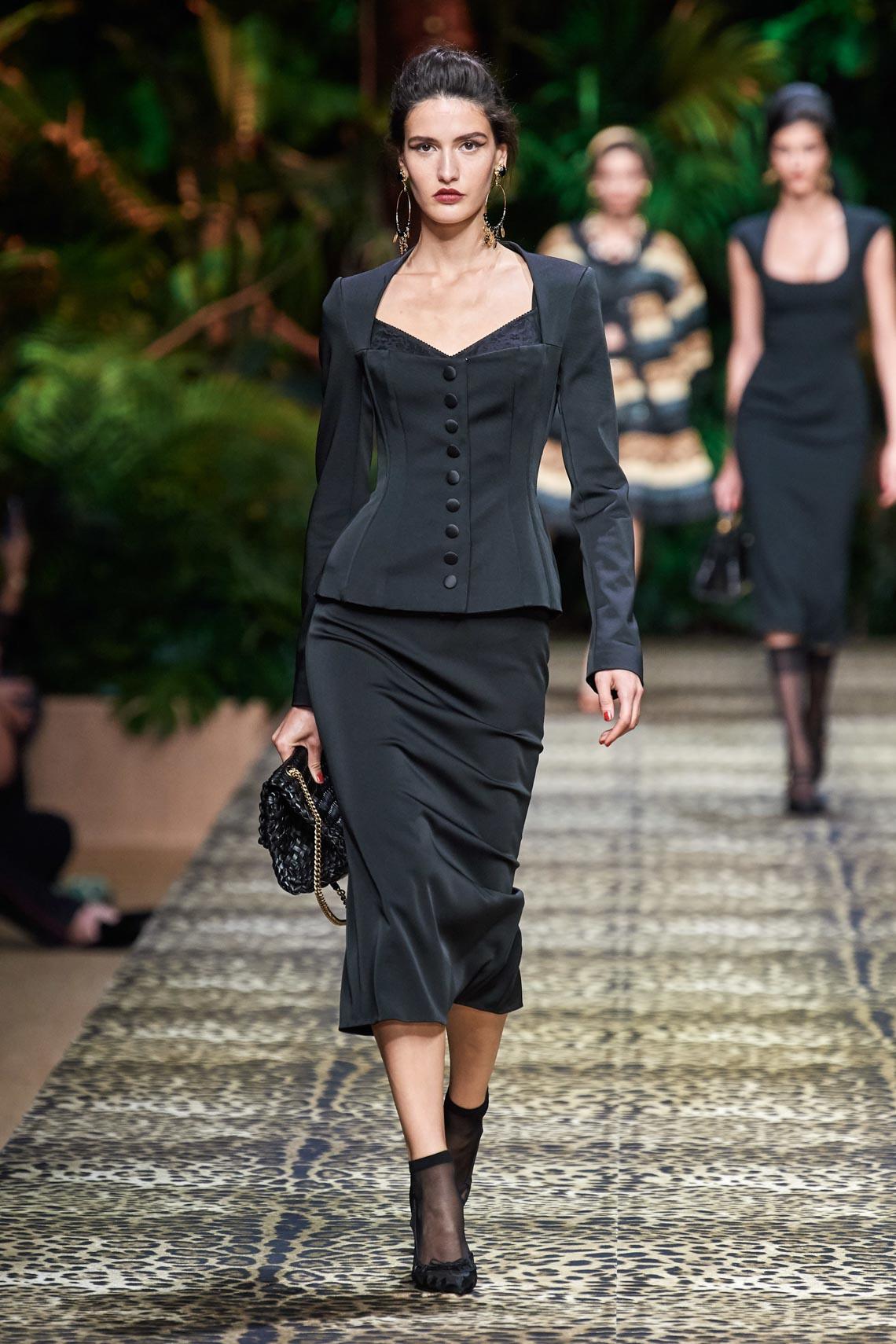 Dolce & Gabbana mang cả khu rừng sang trọng vào BST Xuân Hè 2020 - 10