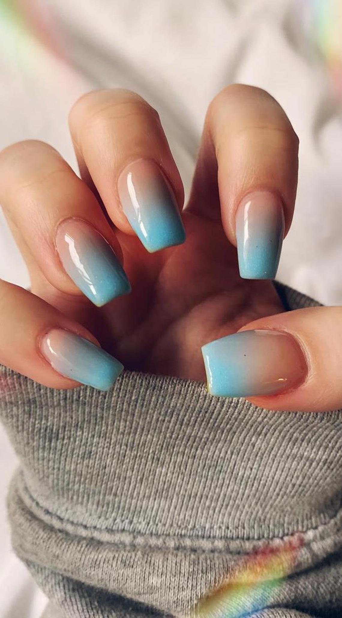 Các mẫu nails đang được yêu thích hiện nay - 11