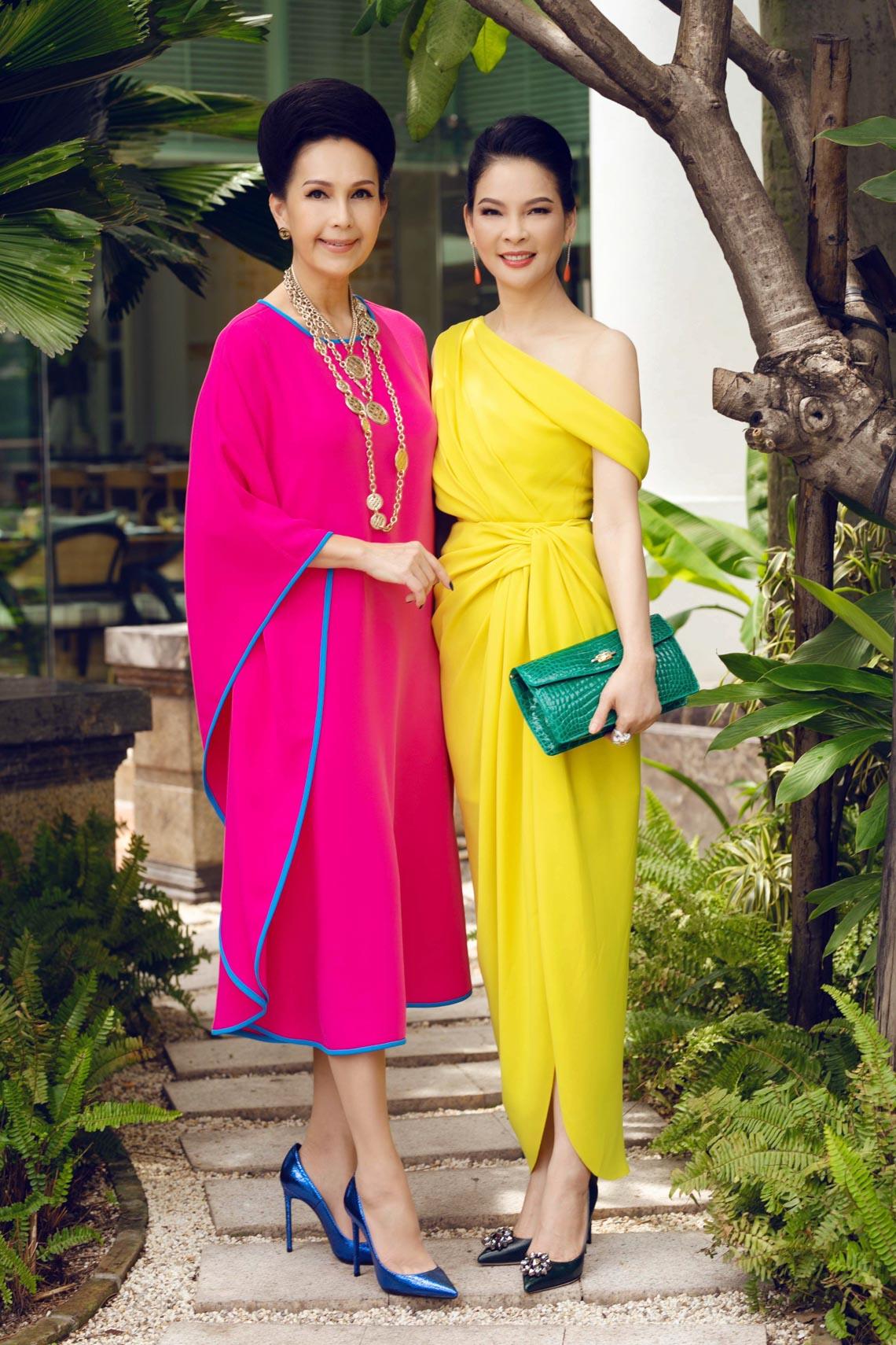 Cách phối trang phục đa sắc của những mỹ nhân V-biz - 2