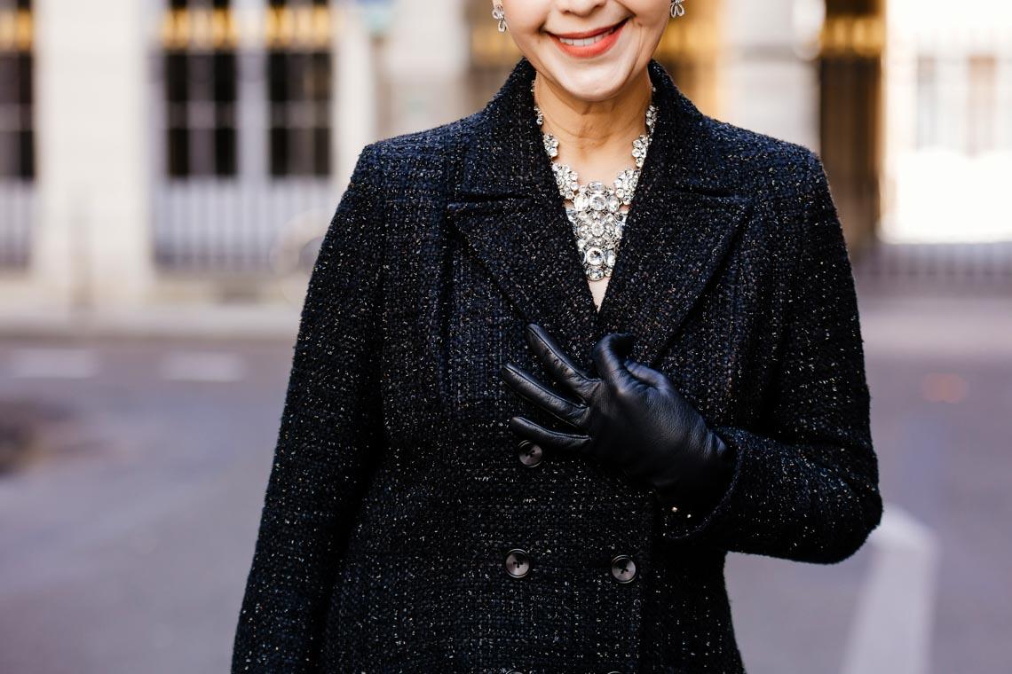 Diễm My sang trọng trong trang phục trắng đen dạo phố Paris - 13
