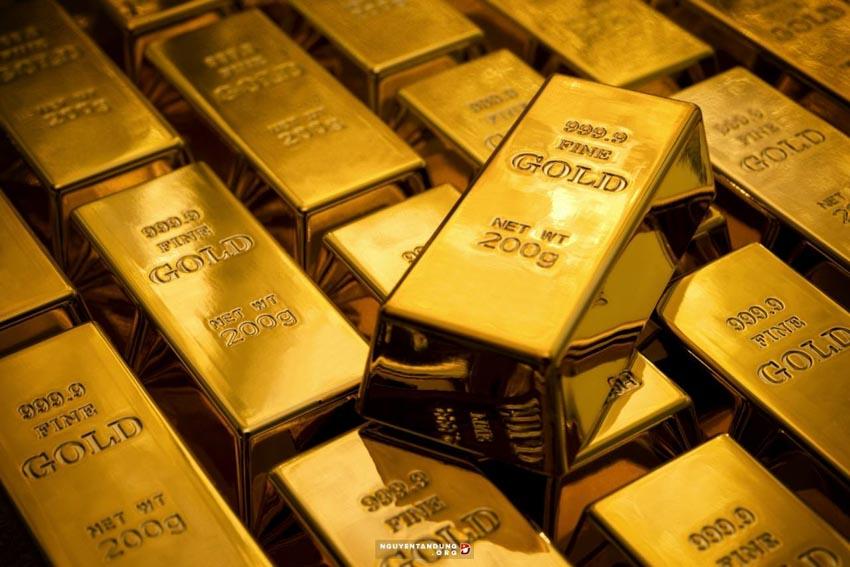 Giá vàng sụt giảm mạnh chênh lệch giá mua bán thu hẹp -1