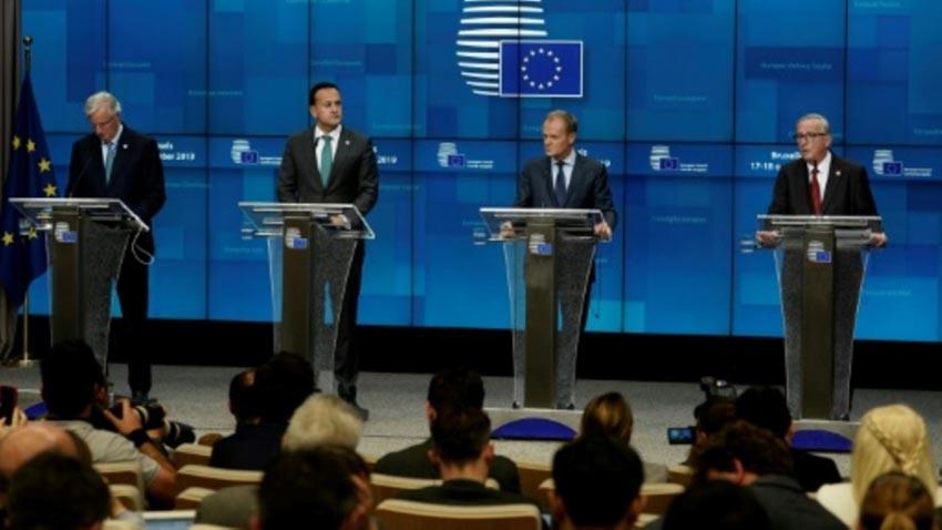 Lãnh đạo EU thông qua thỏa thuận Brexit mới - 3