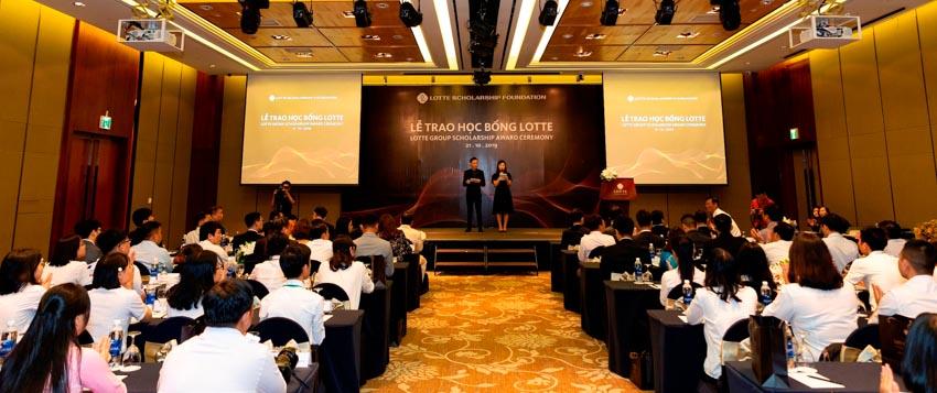 LOTTE Legend Saigon trao học bổng cho sinh viên xuất sắc ở TP. Hồ Chí Minh - 1