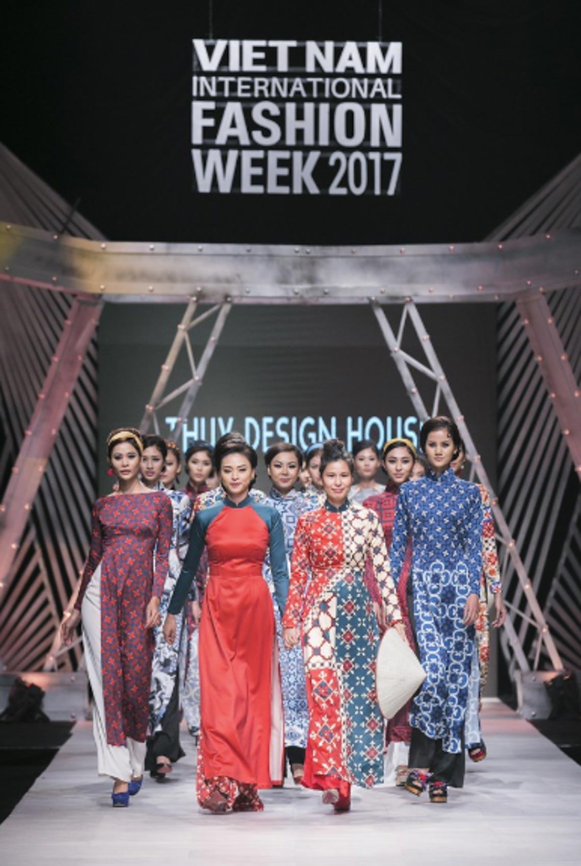 NTK Thuỷ Nguyễn tham gia Tuần lễ Thời trang Quốc tế Việt Nam Thu Đông 2019 - 4