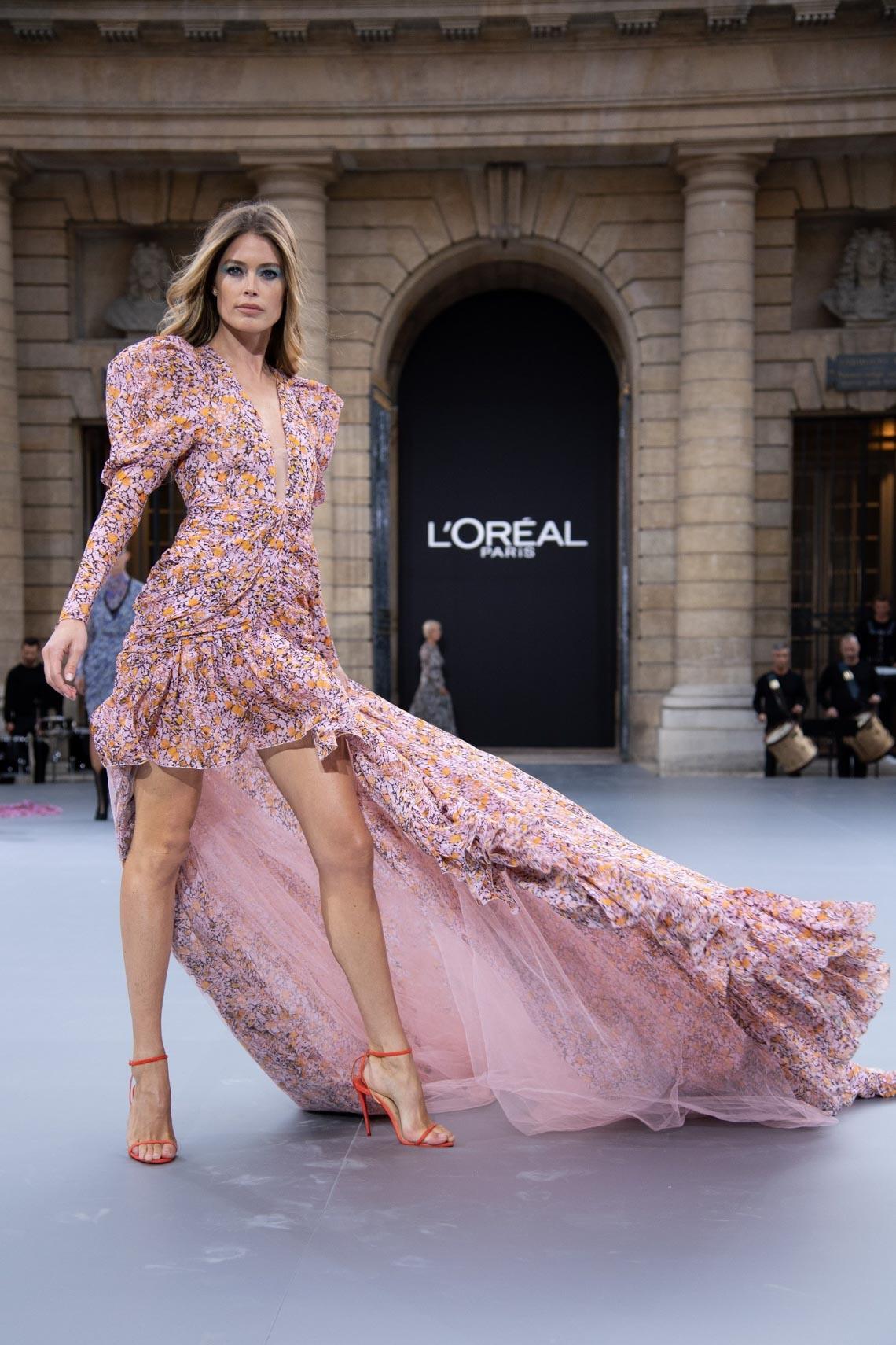 Show diễn Le Défilé của L'Oréal Paris quy tụ tất cả các Đại sứ thương hiệu trên thế giới - 6