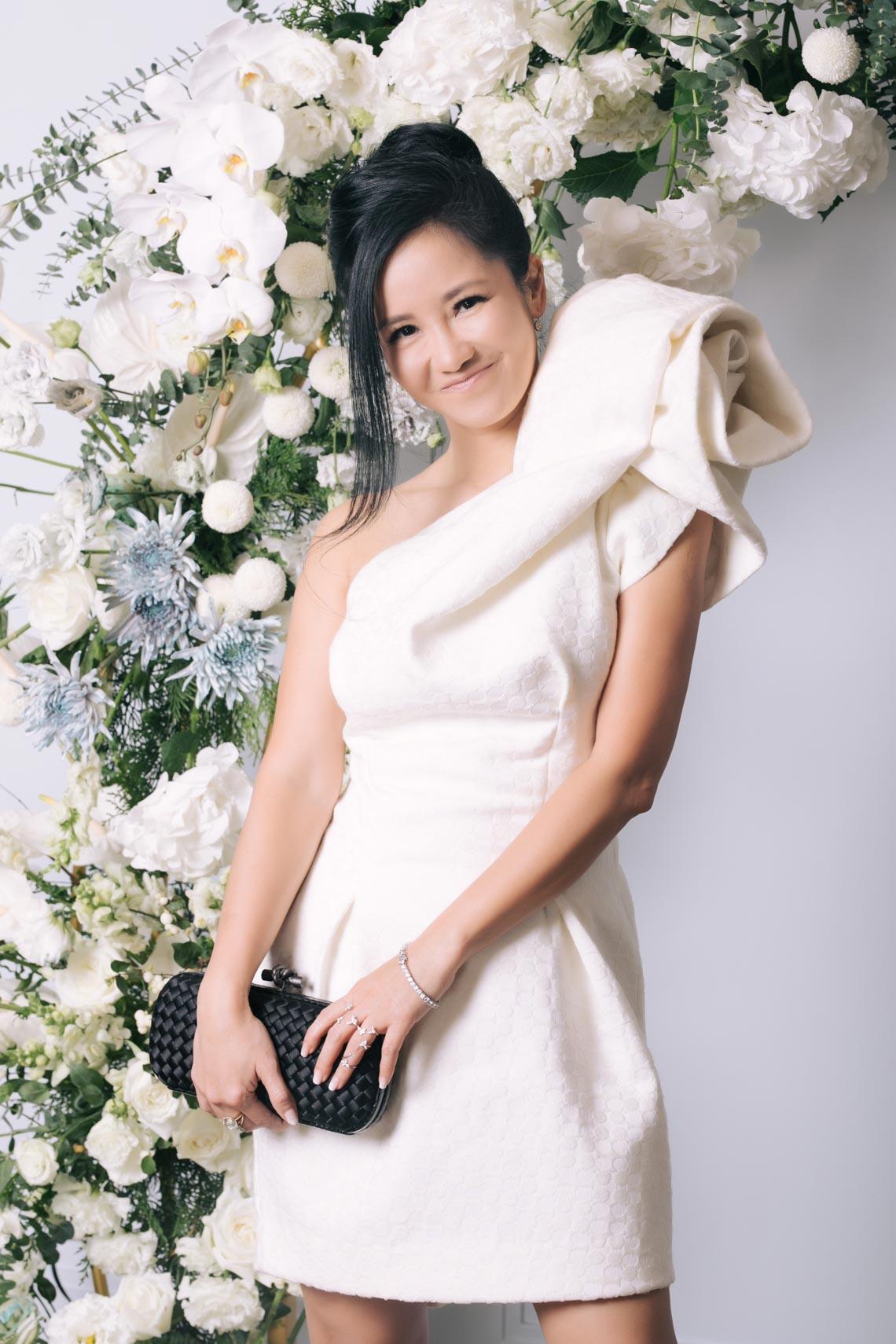 Dàn mỹ nhân diện trang phục trắng tinh khôi của NTK Đỗ Mạnh Cường - 11