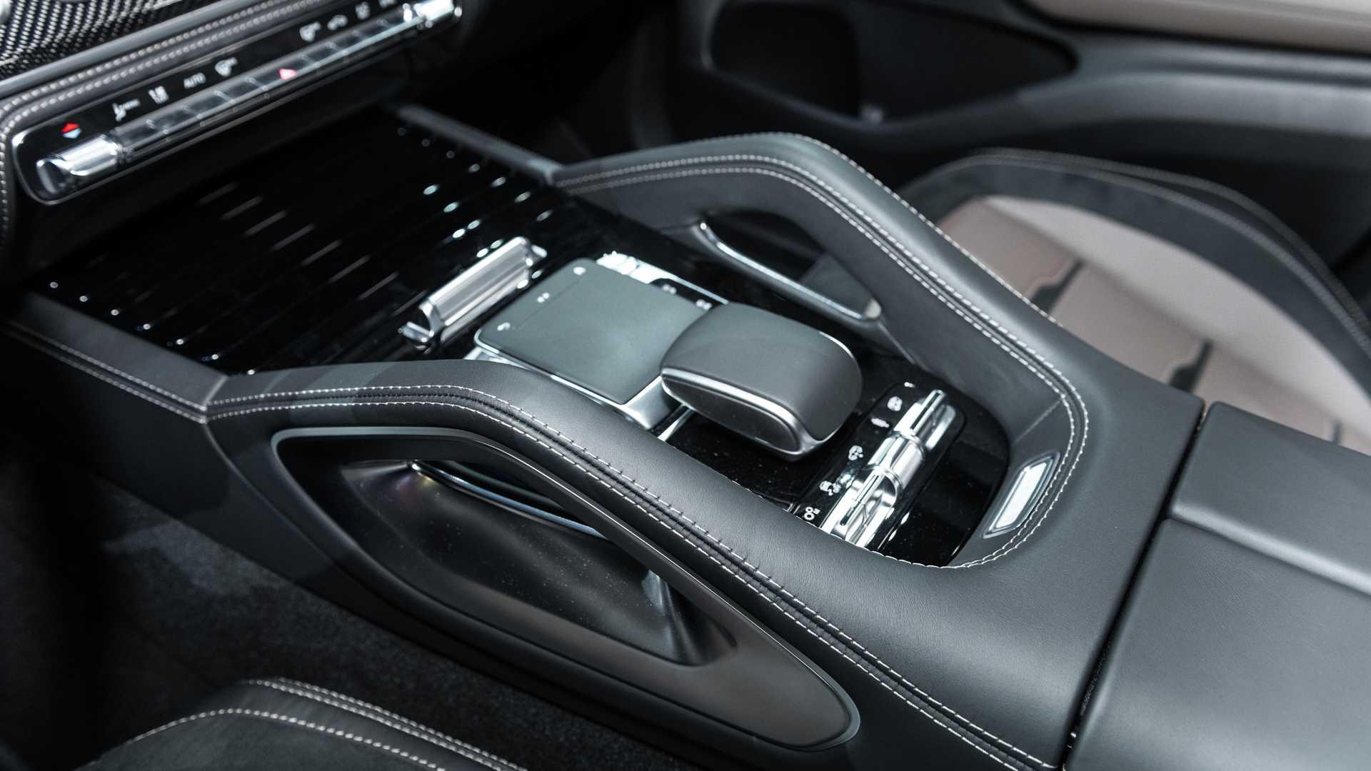 Mercedes-AMG GLS 63 2020 - SUV hiệu suất cao trình làng - 42