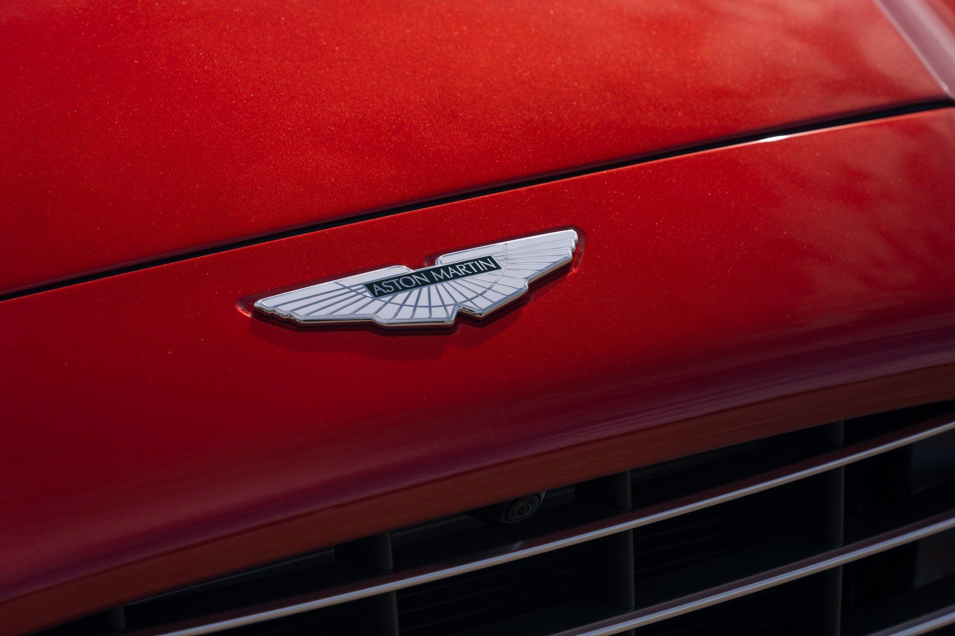 Aston Martin DBX - SUV siêu sang đầu tiên dành cho các đại gia - 18