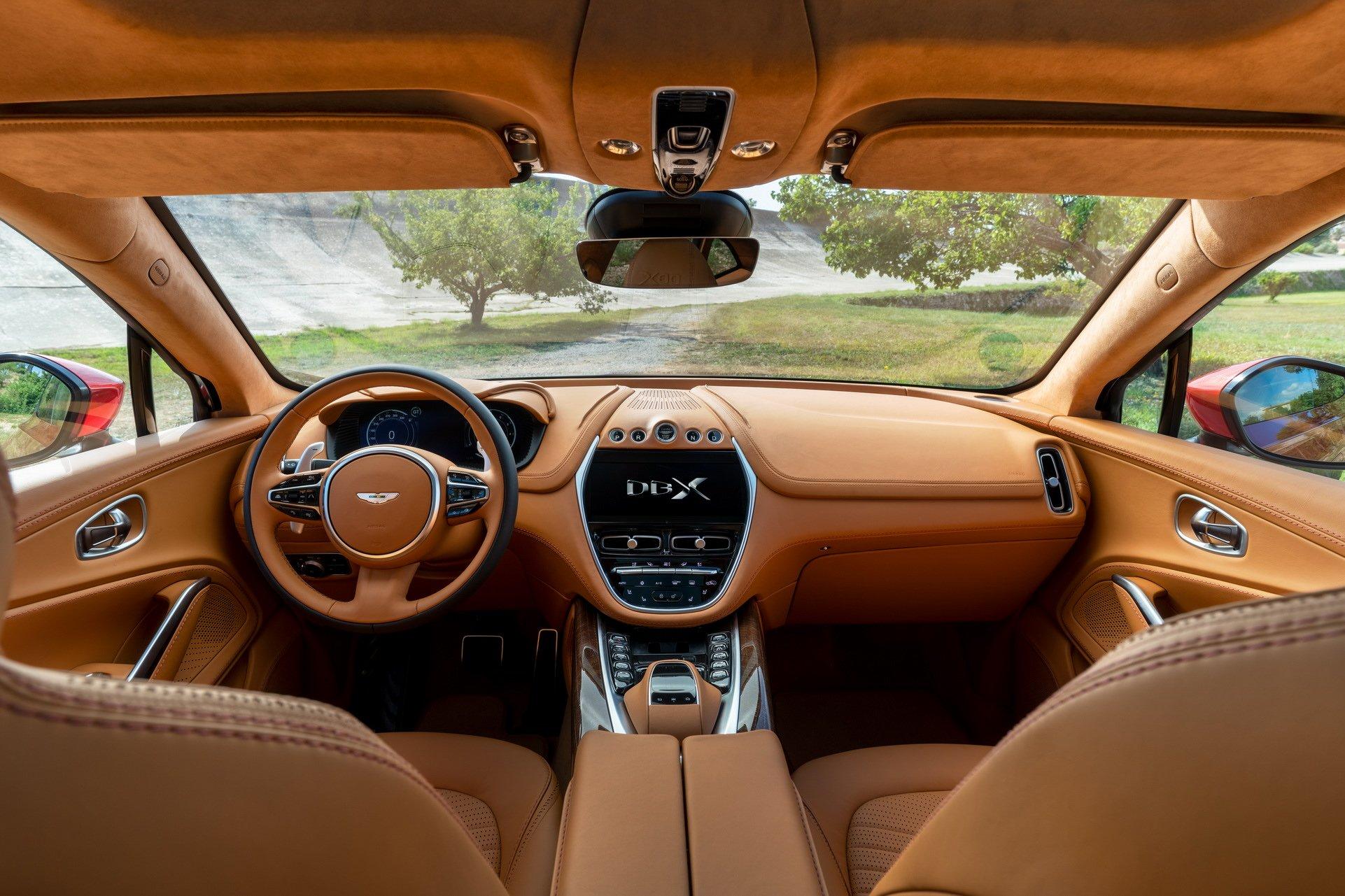 Aston Martin DBX - SUV siêu sang đầu tiên dành cho các đại gia - 13