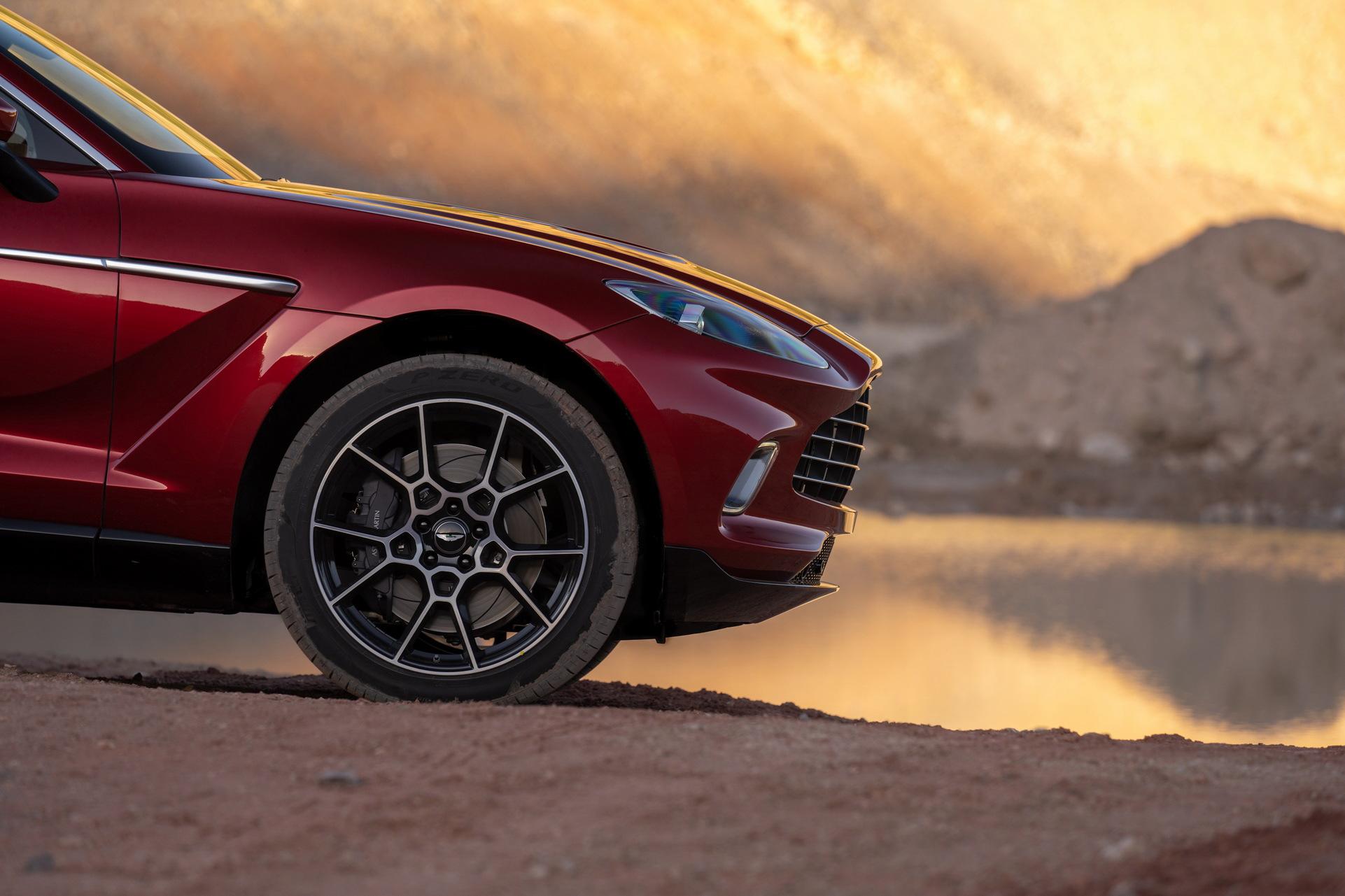Aston Martin DBX - SUV siêu sang đầu tiên dành cho các đại gia - 6
