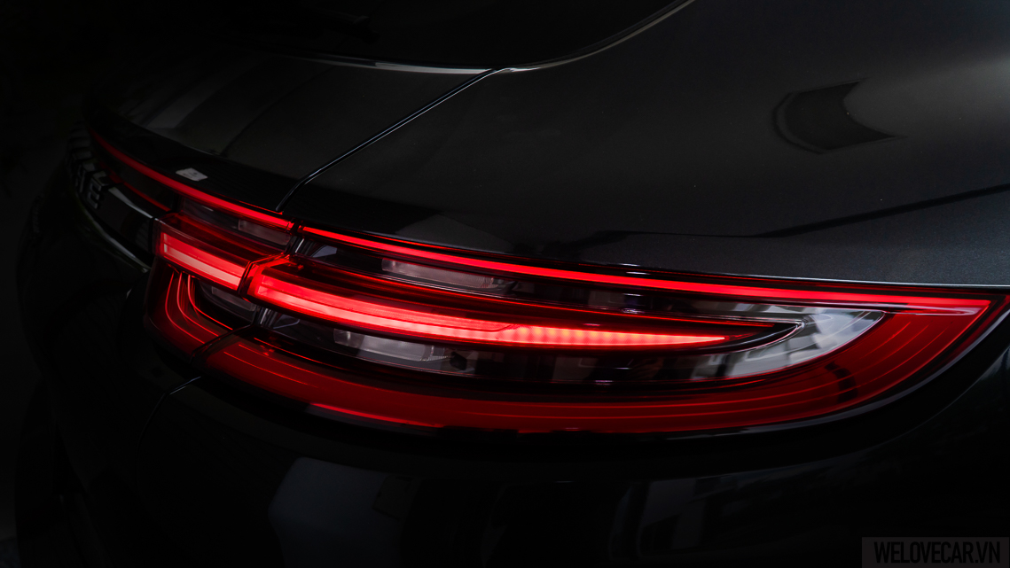 Porsche Panamera 4 Sport Turismo - 17