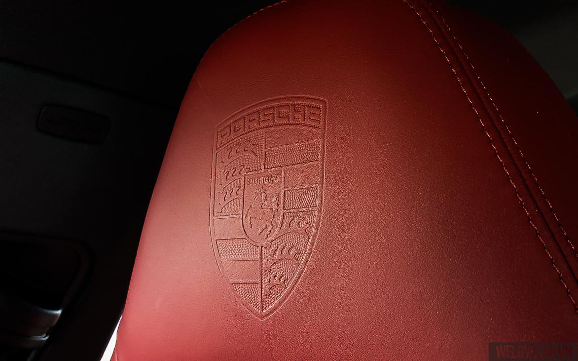 Porsche Panamera 4 Sport Turismo - 1